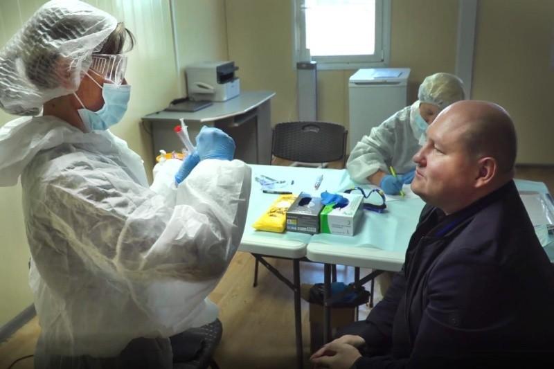 Глава Севастополя сдал тест на коронавирус и самоизолировался