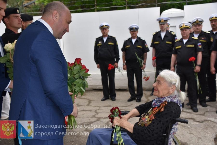 В Севастополе почтили память погибших на санитарном судне «Грузия»