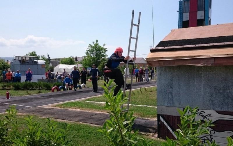 В Севастополе стартовал Чемпионат ЮВО по пожарно-спасательному спорту