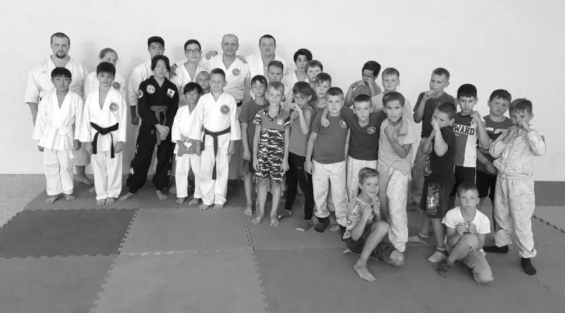 Юные рукопашники Севастополя обменялись опытом со спортсменами из Троицка