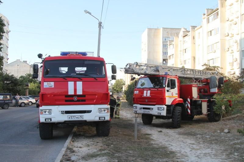В Севастополе произошел пожар в многоквартирном доме