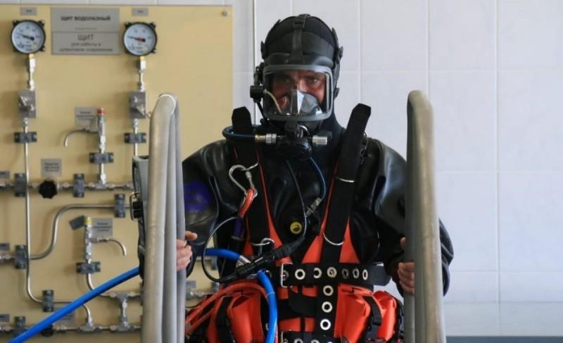 Водолазы ЧФ занимаются на новых учебно-тренировочных комплексах