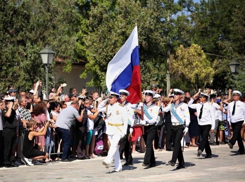В Херсонесе приняли военную присягу 150 курсантов