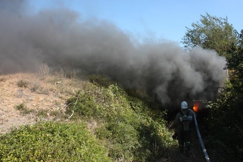 Севастопольские спасатели оттачивают мастерство в теплодымокамере