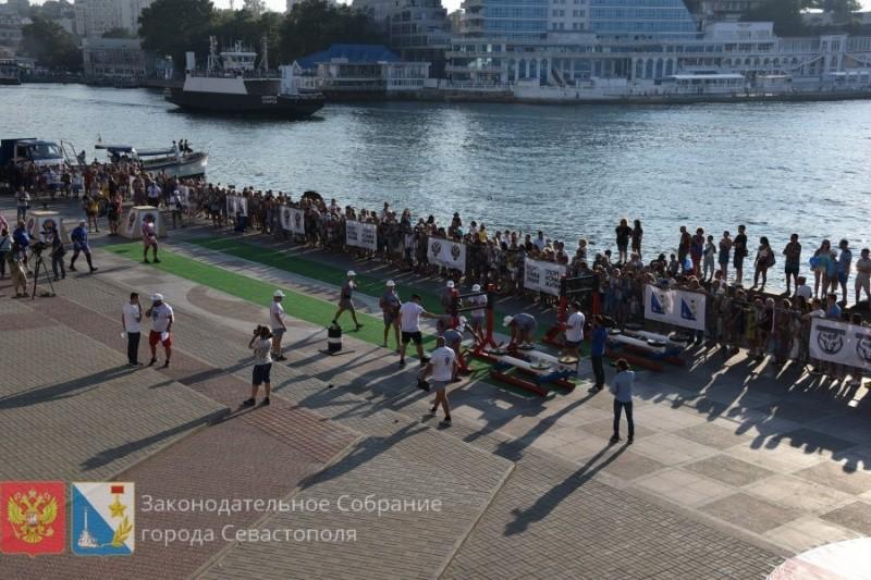 В Севастополе стартовал фестиваль силового экстрима