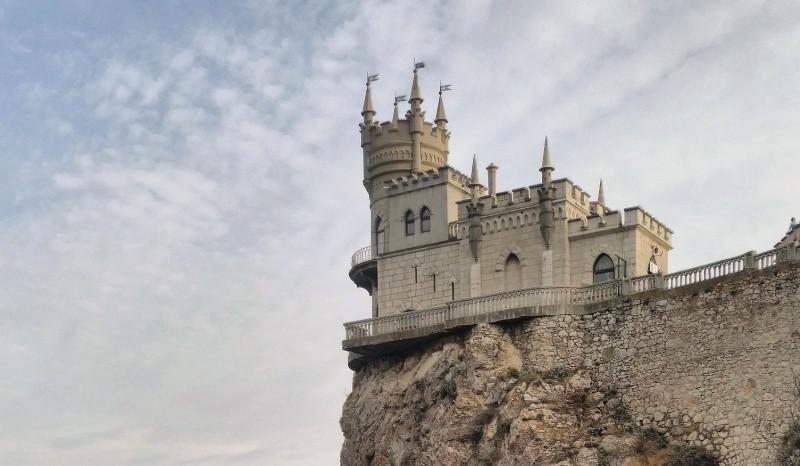 Глава Крыма уверен, что ситуация у границ с Украиной не помешает туристическому сезону