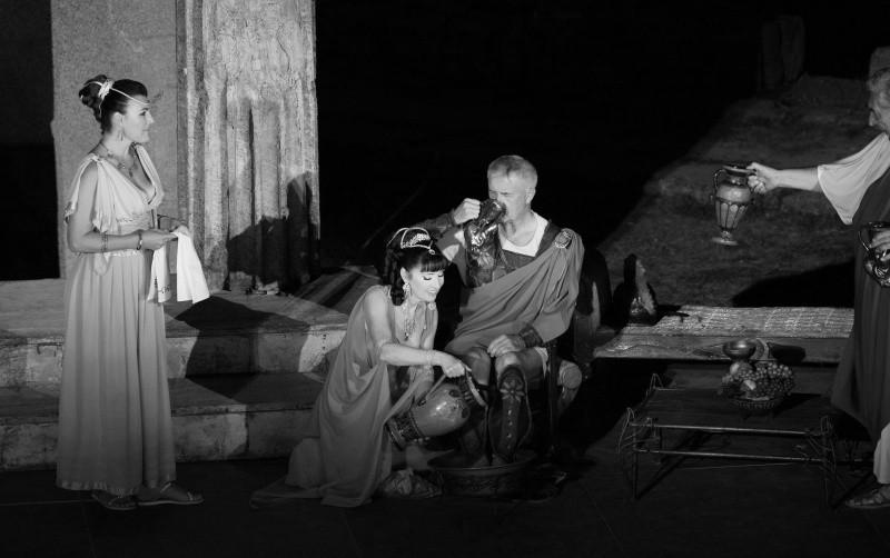 В Херсонесе завершился летний театральный сезон