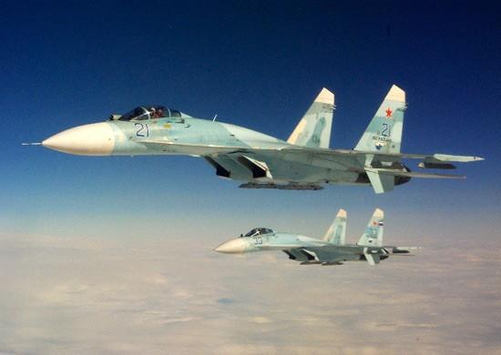 В Крыму молодые летчики выполнили первые полеты в роли командиров экипажей