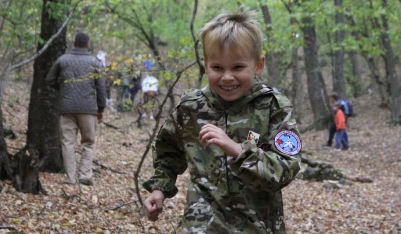 Юные рукопашники Севастополя продолжают ходить в походы