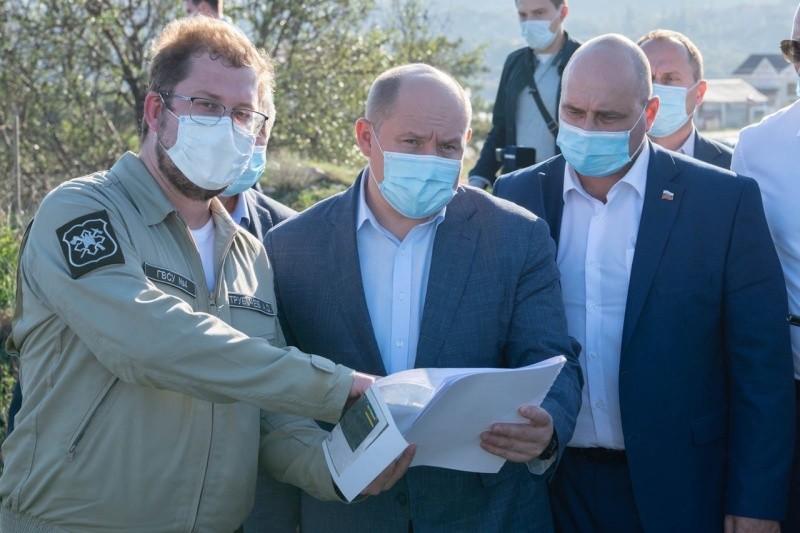 Глава Севастополя проверил строительство объектов, направленных на решение вопроса дефицита воды