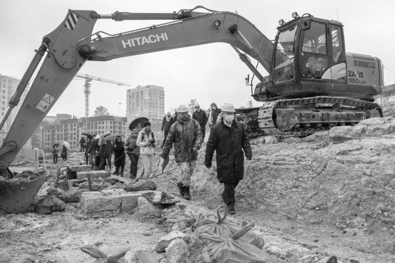 Глава Севастополя рассказал об археологических находках на мысе Хрустальный