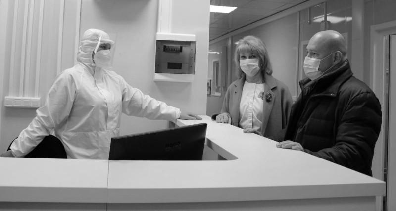 Глава Севастополя проверил готовность нового корпуса инфекционной больницы