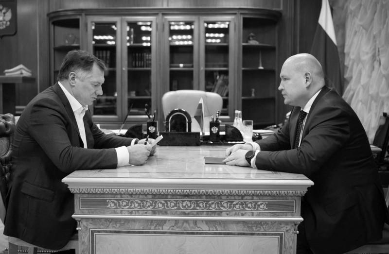 Глава Севастополя провел рабочую встречу с зампредом правительства РФ