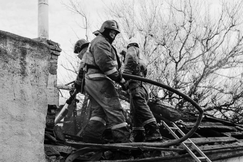 В Севастополе произошел пожар в частном доме