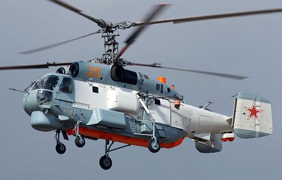 Вертолёты Ка-27 отработали полёты в сложных погодных условиях в Крыму
