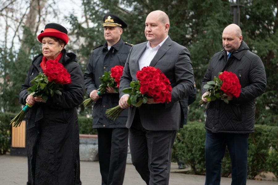 В Севастополе отметили 77-ю годовщину снятия блокады Ленинграда
