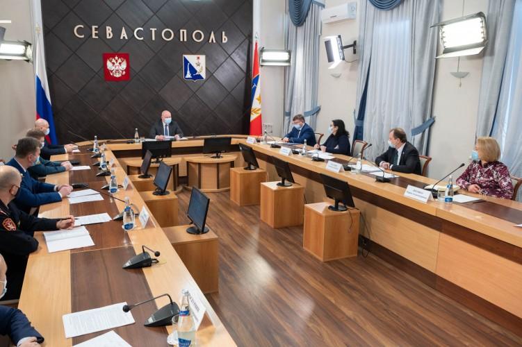 В Севастополе решили снять часть ограничительных мер