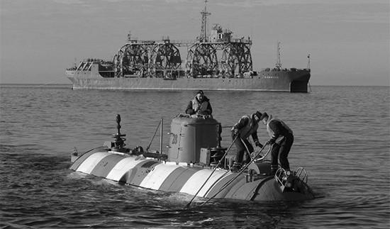 Экипаж спасательного судна «Коммуна» выполнил спуск аппарата АС-28