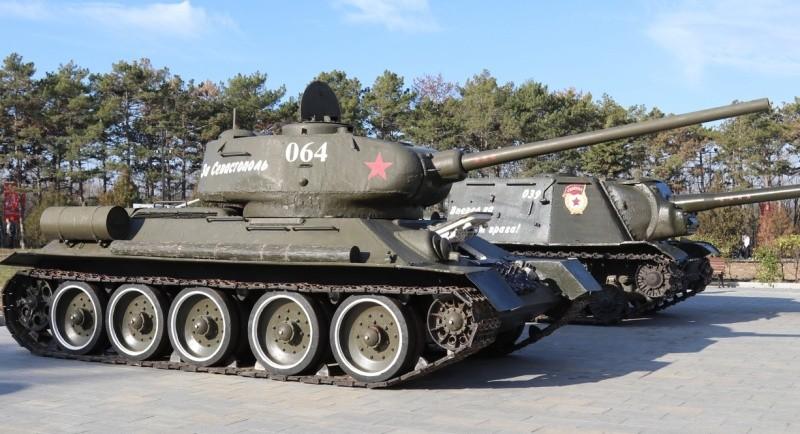 В Севастополе приостановлен ежедневный запуск двигателя танка Т-34