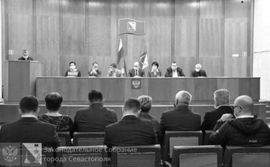 В Севастополе появился институт общественных жилищных инспекторов