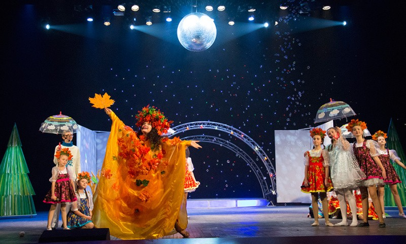 В Севастополе состоялась премьера музыкальной сказки «У леса на опушке»