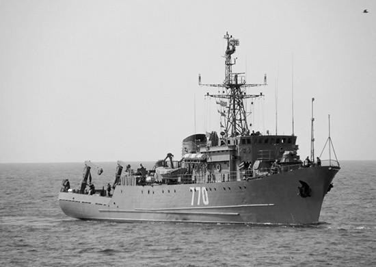 Морской тральщик «Валентин Пикуль» возвращается из Средиземного в Чёрное море