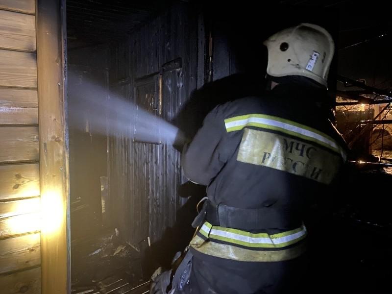 Один человек пострадал при пожаре в Севастополе