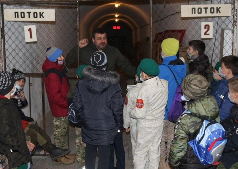 Юные рукопашники посетили «Подземный Севастополь»