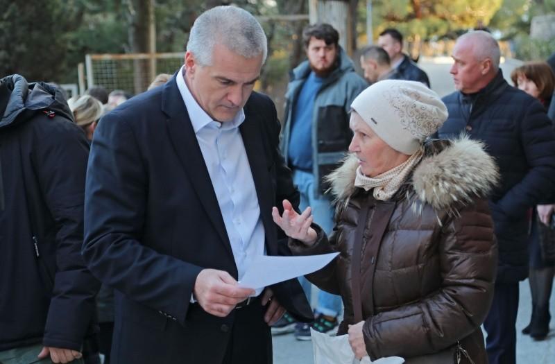 Глава Крыма назвал причины возмущения жителей Фороса