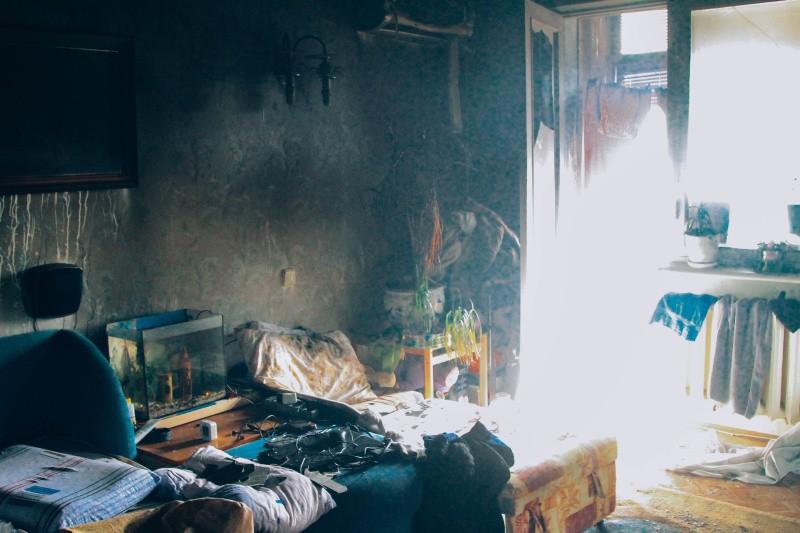 В Севастополе на пожаре спасли 9 человек, в том числе 2 детей