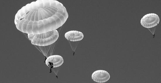 В армейском корпусе ЧФ проходят занятия по воздушно-десантной подготовке разведчиков