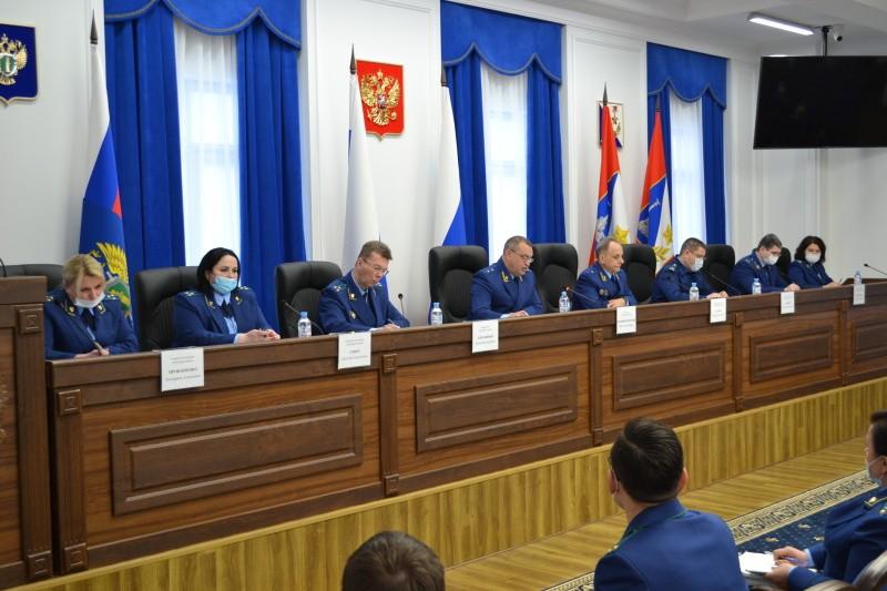 Прокурор Севастополя оценил работу ведомства с обращениями граждан