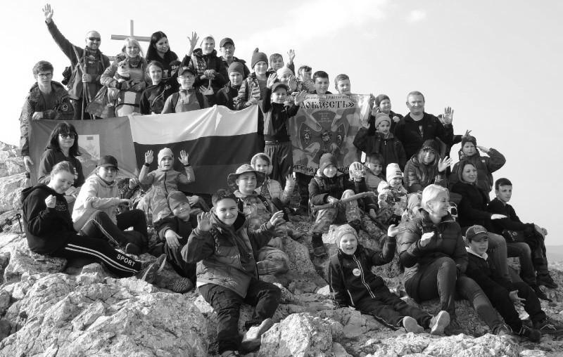Юные рукопашники Севастополя продолжают совмещать тренировки и активный отдых
