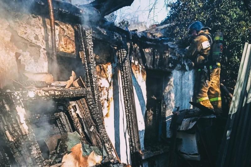 В Нахимовском районе Севастополя произошел пожар в частном доме