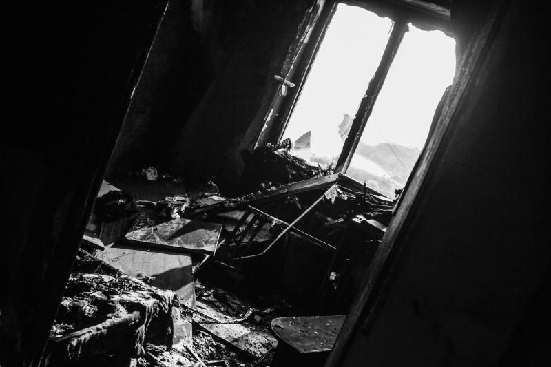 В Севастополе произошел пожар в квартире многоэтажки на улице Громова