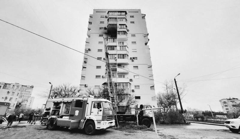 В Севастополе произошел пожар в многоэтажном доме