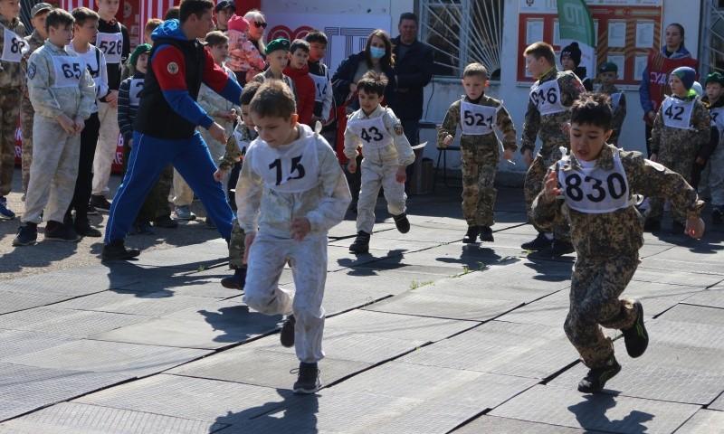 Юные рукопашники Севастополя сдали ежегодный экзамен