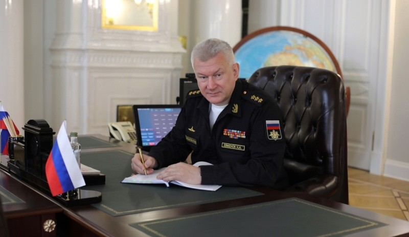 Главнокомандующий ВМФ России поздравил военных моряков с Днем Черноморского флота