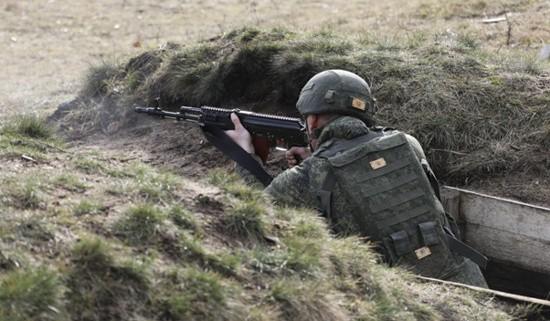 В Крыму прошел чемпионат Южного военного округа по стрельбе из штатного оружия