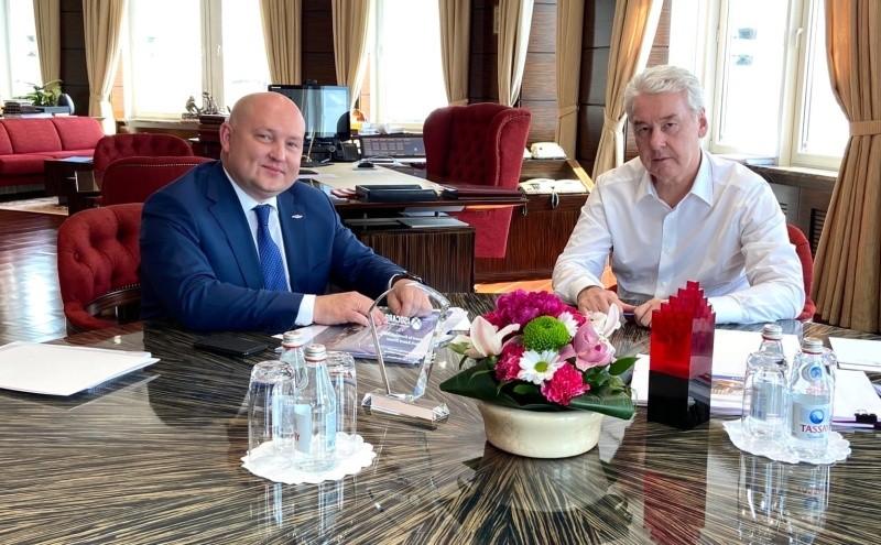 Глава Севастополя провел рабочую встречу с мэром Москвы