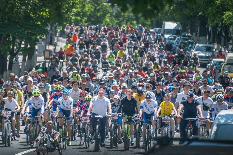 Велопробег в Севастополе собрал более 1000 участников