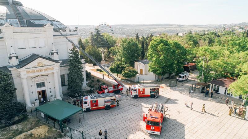 В Севастополе ликвидировали условный пожар в музее