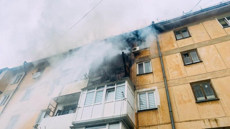 В Нахимовском районе Севастополя произошел пожар в многоквартирном доме