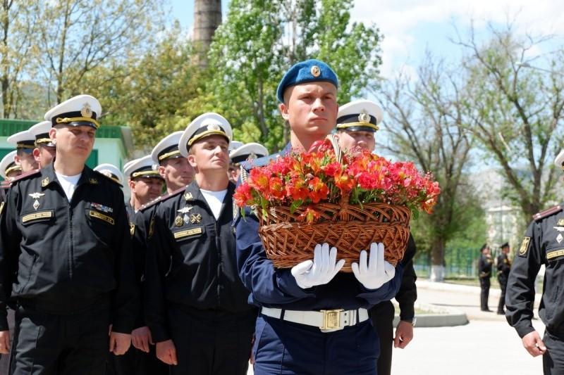 В Крыму открыли памятник Герою Советского Союза Екатерине Дёминой