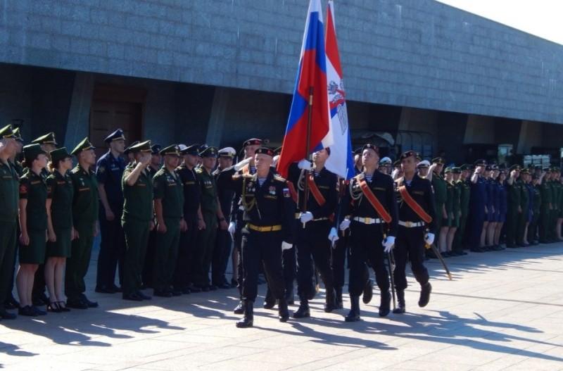 В Севастополе проходит конкурс «Воин мира»