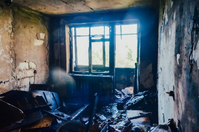 На Северной стороне Севастополя произошел пожар в квартире