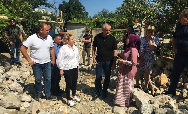 Глава Крыма ознакомился с ходом восстановительных работ на территории Большой Ялты