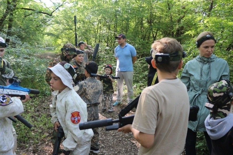 Юные рукопашники Севастополя активно отметили Международный день защиты детей
