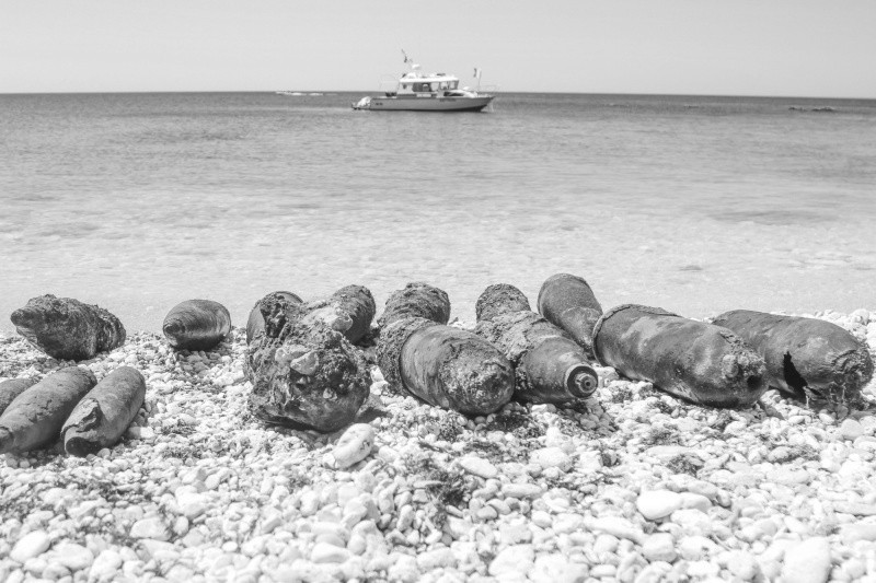 Более 500 взрывоопасных предметов поднято со дна бухты Гильзовая в Севастополе
