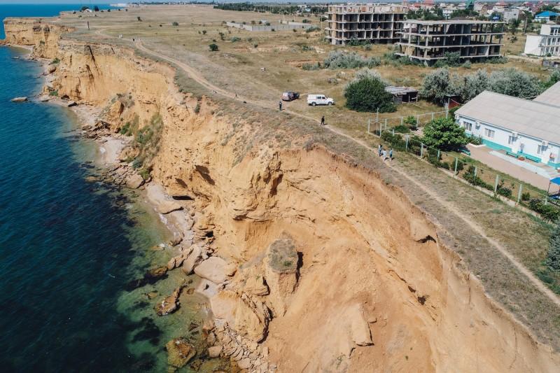 В Севастополе обвалоопасные участки побережья обследуют с помощью беспилотников МЧС